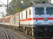 Train_Indian_645__295297544